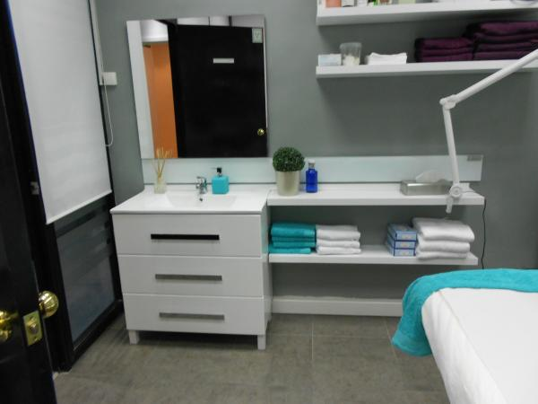Alquiler Cabina Estetica Zaragoza : Anuncios de inmuebles traspasos locales alquileres de clínicas