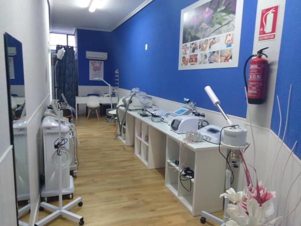 Cabina De Estetica En Alquiler Barcelona : Anuncios de inmuebles traspasos locales alquileres de clínicas de