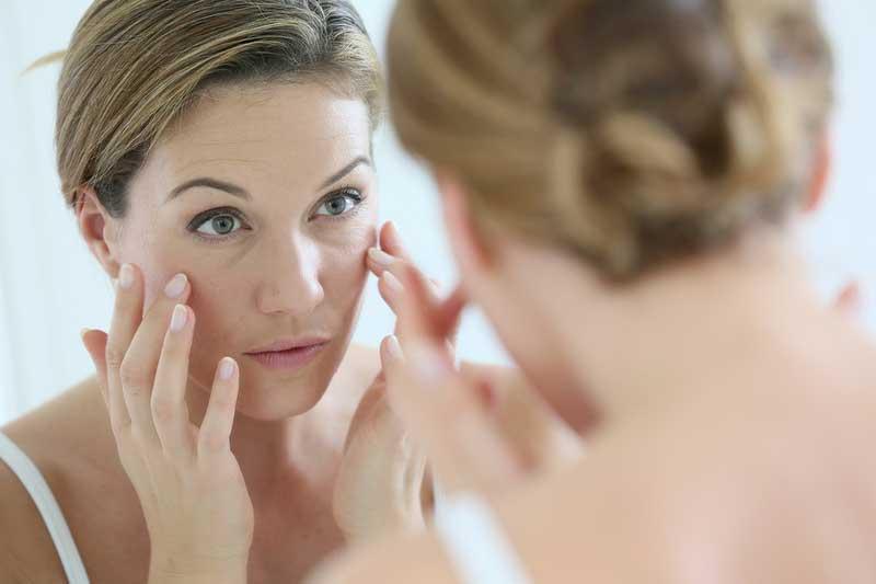 causas del envejecimiento de la piel